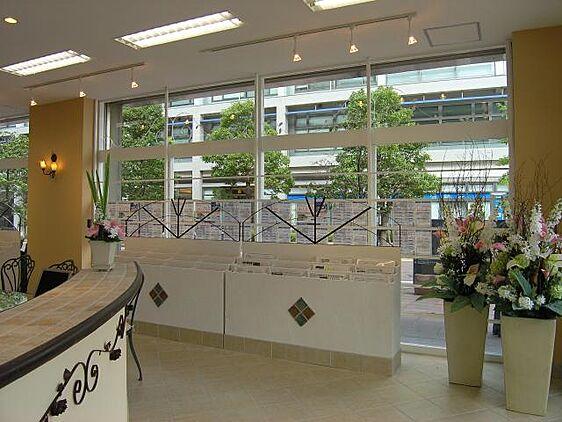 ロイヤルハウジング販売株式会社 横浜ポートサイド店